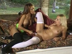 Sluts with foot fetish licking pussy
