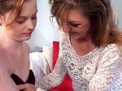 Lesbians using dildos