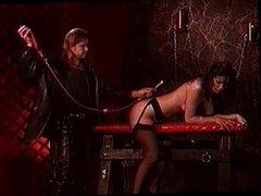 Hot girl getting an anal flush