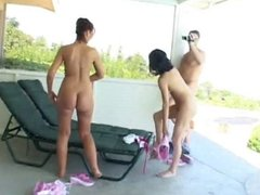Bisexual sluts Antoinette and Francessca suck cock and get creamed on the patio