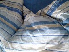 Feinstrumpfhose im Bett
