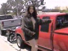 PUBLIC NUDITY--CURVY GIRL WALKING
