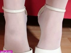 Blonde Jennifer shiny nylons legs fetish masturbation