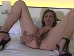 Kinky mom Carmen loves playing with her toys