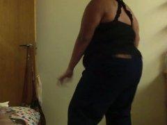 Big girl dancing to Skin