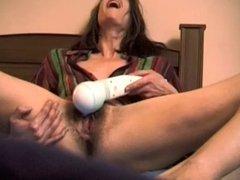 The dream : hairy women 31