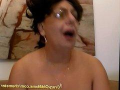 my horny chubby busty mom