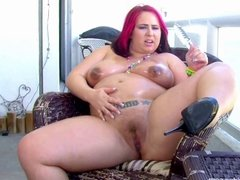 Preggo Pornstar Georgia Peach Drills Fat Pussy with Toy