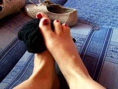 Cum on Catherine feet