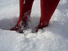 snow play in tights