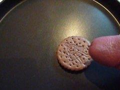 cum on chocolade cookie