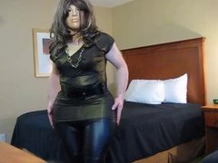 Crossdresser Shiny leggings to Female form to male shape