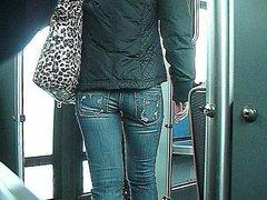 Teen with a nice gap