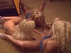 Lesbians having the best meeting threesome!