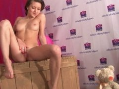 Sweet hot russuan teen Julia - Photosession with Hottie