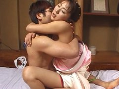 Japanese wife does her duty 4
