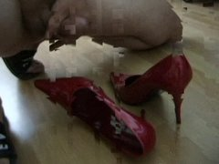 Cumshot on GF Highheels part 015