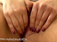 Buxom Milf Kandi Spitfire masturbates on her sofa