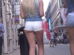 Candid Teen Butts in Short Shorts
