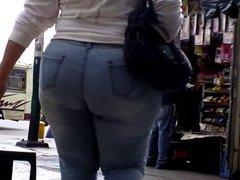 Candid Big Booty- Nalga Mucho