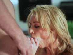 Amazing facial on a amazingly beautiful blonde lady