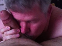 Daddy gives a blowjob