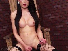 Pornstar Venus Lux: Solo POV