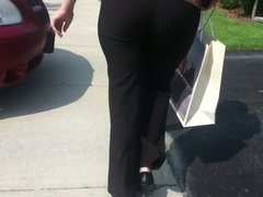 Candid Milf Ass in Dress Pants