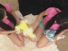 MOM teaching TEEN twins REALLY GOOD MOVIE