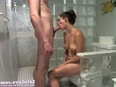 Lelu Love-WEBCAM: Facial Shower Poledancing