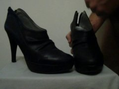 Cum on Wife black Ankle Boots