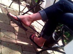 Candid Feet - MILF Flip-Flop Dangle