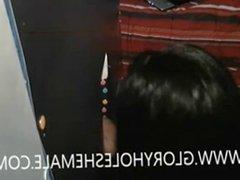SHEMALE SUCKING HOT GUY AT GLORYHOLE