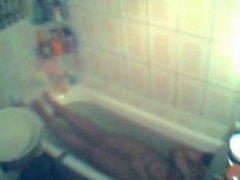 Masturbation in der Badewanne 2
