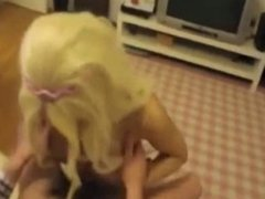 Guy fucking blonde tranny GF