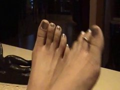 Thai feet and toes
