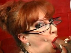 Redhead Mature show her Oral Skills
