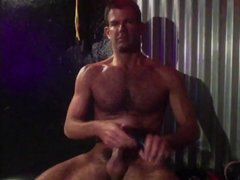 Hairy muscle masturbation