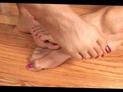 footsie lover 001