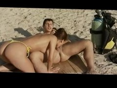 Anal Fuck on Beach BVR