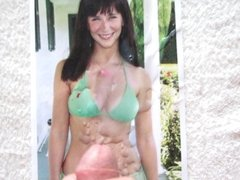 Cum on Jennifer Love Hewitt Tribute