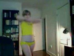 Hot teen with big ass dance