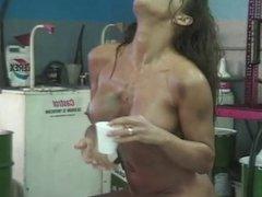 Garage Girls - The Video (2000) Parte 2