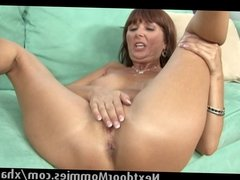 Mature woman takes a fat black cock