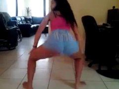 Latina teen shaking that ass 4