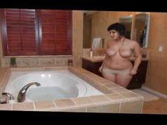 Big Tits Hairy Pits Takes A Bath