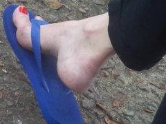 Bus stop feet