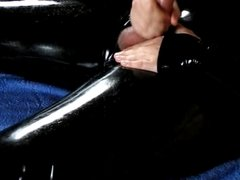Jerking off in Full Rubber Catsuit