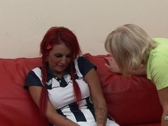 Hot pupil gets hard lesson from her mature lesbian coach