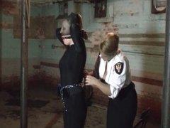 Female security guards captures lady burglar
